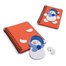 Notepad whit a removable snowman